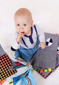 child-3045209__340